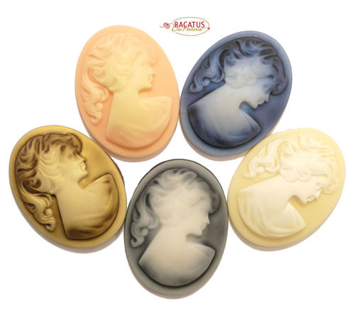 Kunsstoff Cabochon Camée Camee Cameo Kameo Gemme 40x30x8mm 5 Farben 1x