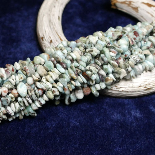 Larimar nuggets 5 x 8 mm, 1 Strand
