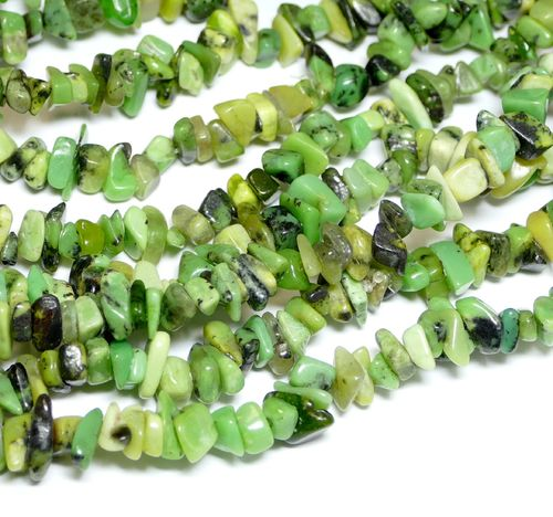 Chrysprase Chips green 5 x 8 mm, 1 Strand