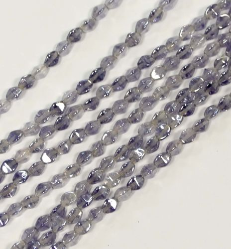 Pinch Beads Doppelpyramiden Lila Transparent 5x3 mm, 1 Strang