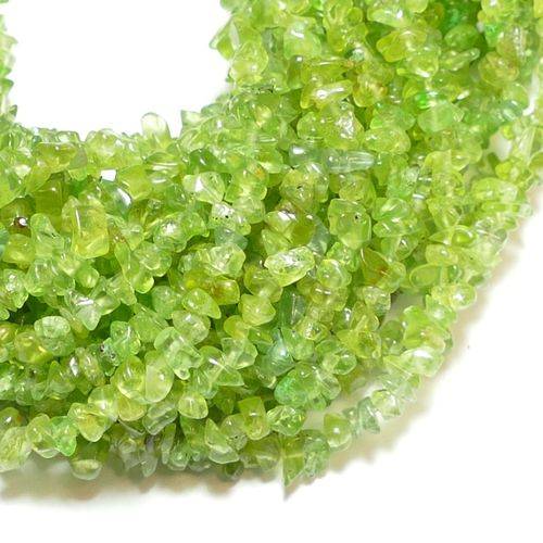 Peridot nuggets green 3 x 5 mm, double strand