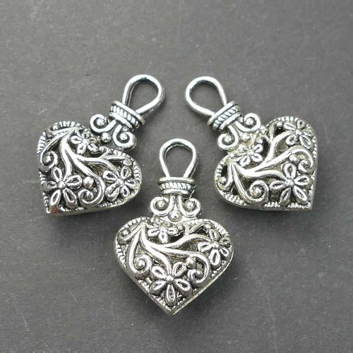 Metal bead pendant heart with floral ornament 31x19mm metal, silver 1x