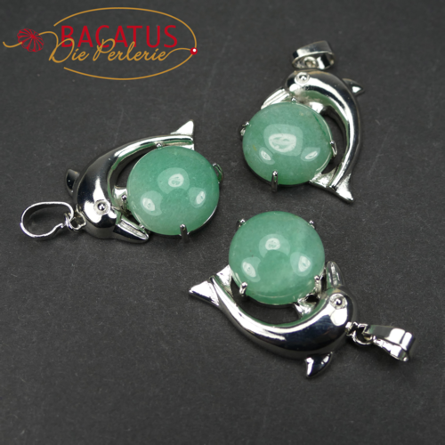 Aventurine pendant with dolphin approx 22x25 mm, 1 piece