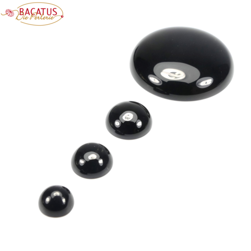 Onyx Cabochon 8 - 30 mm, 1 piece